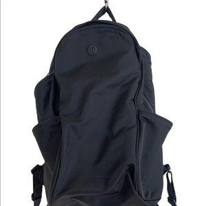 Lululemon Out Of Range Backpack *20L Black (First Release)